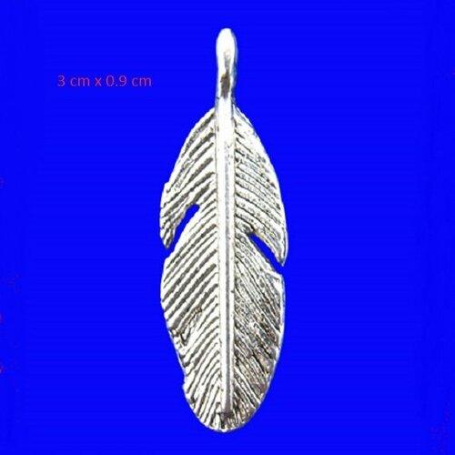Lot de 6 pendentifs plume en métal argenté