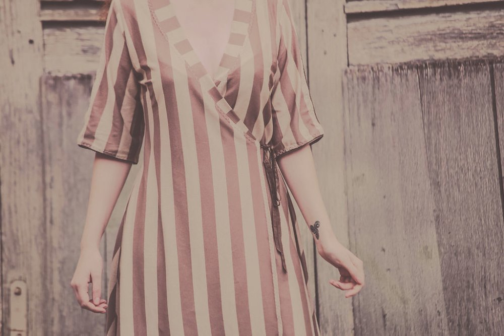 Robe Vénus à rayures marron