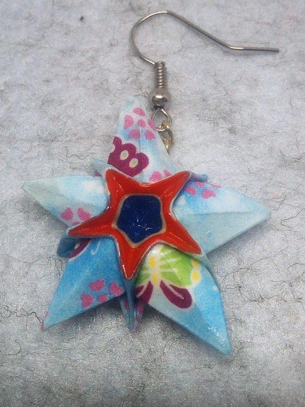 """Boucles d'oreilles """"Etoiles"""" en Origami, crochet argenté (ET_012)"""