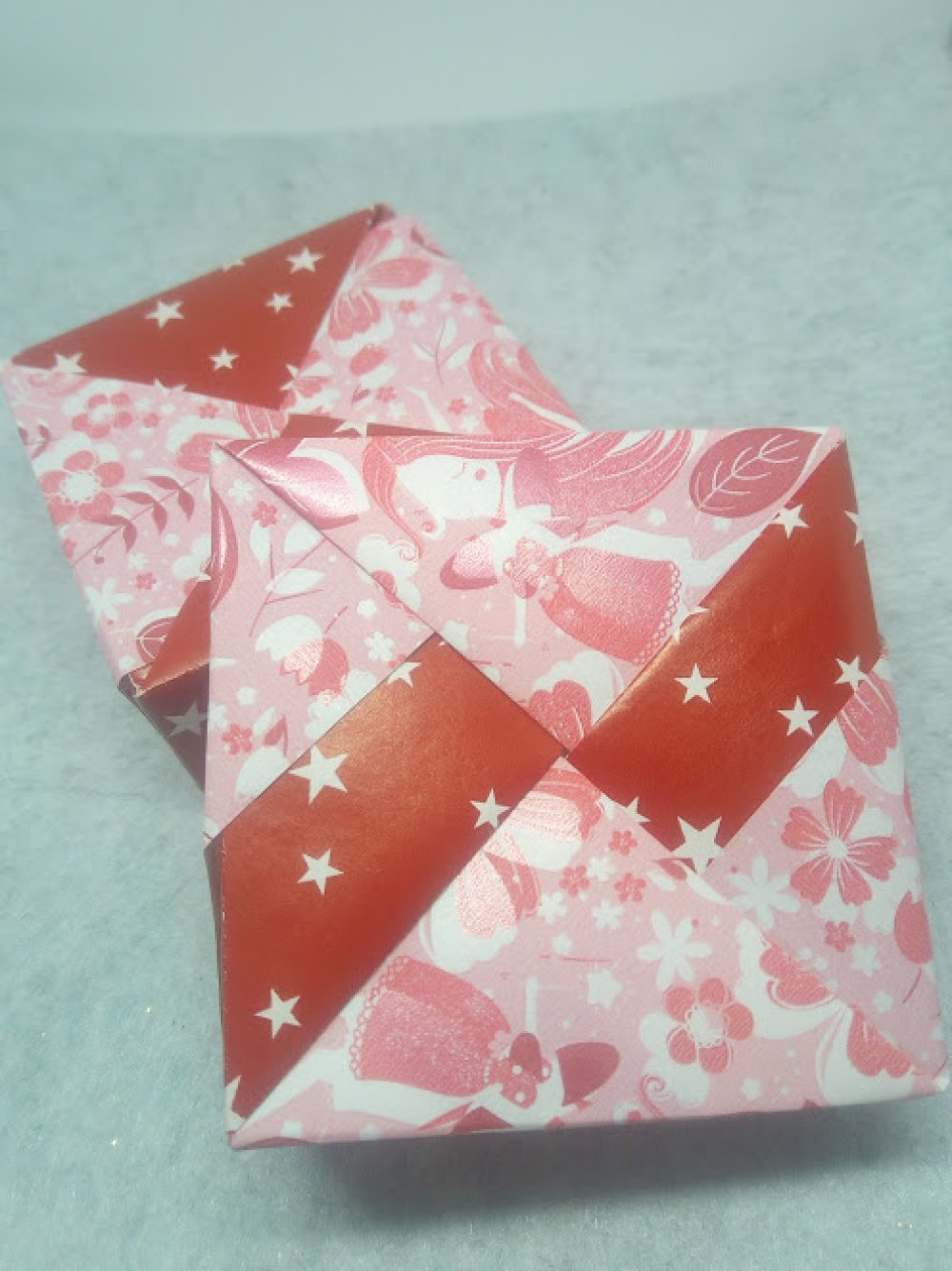 Boîte cadeau en Origami (BOI_051)