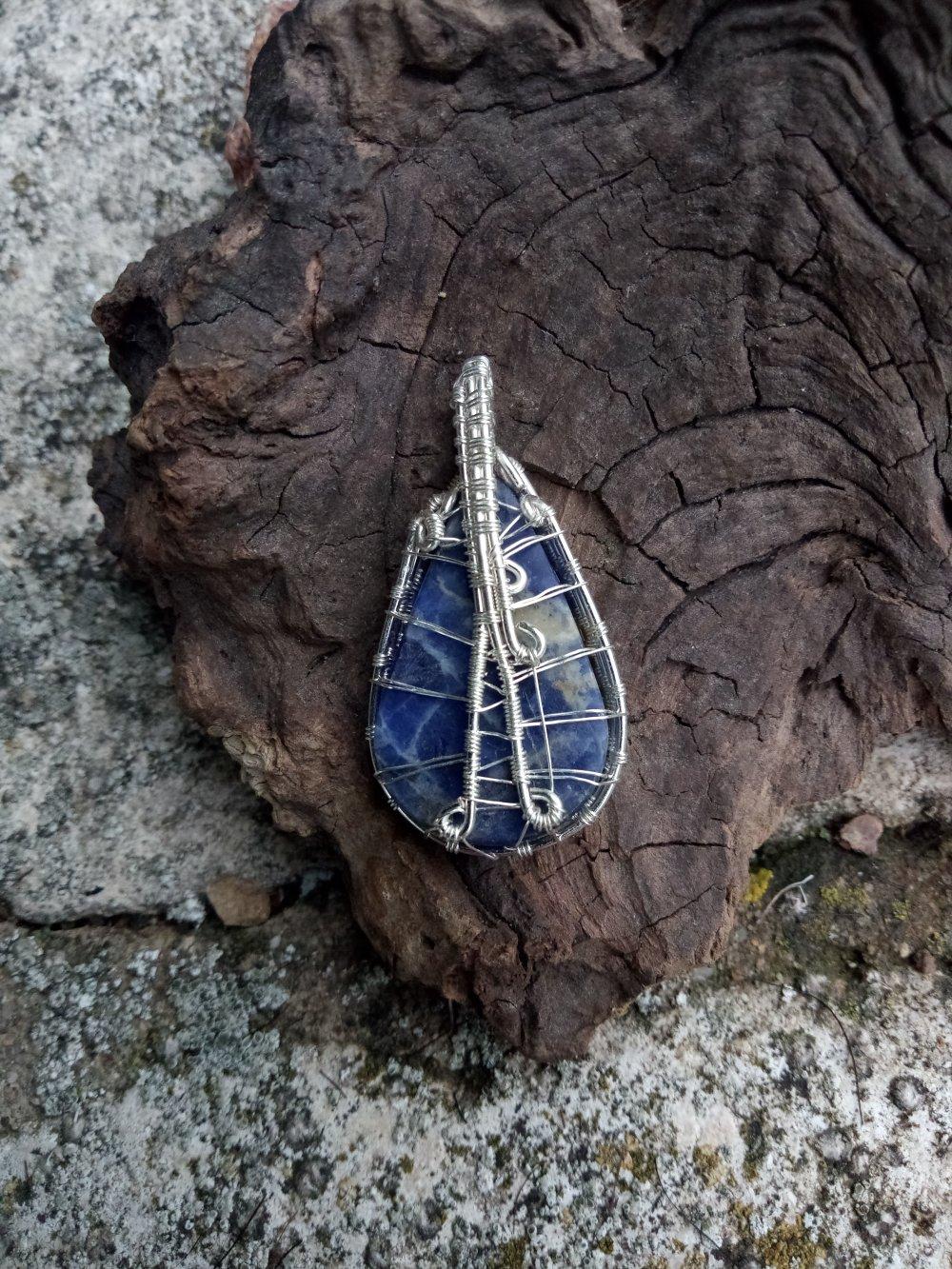 Pendentif Mini Pierre Wire Wrapping Sodalite