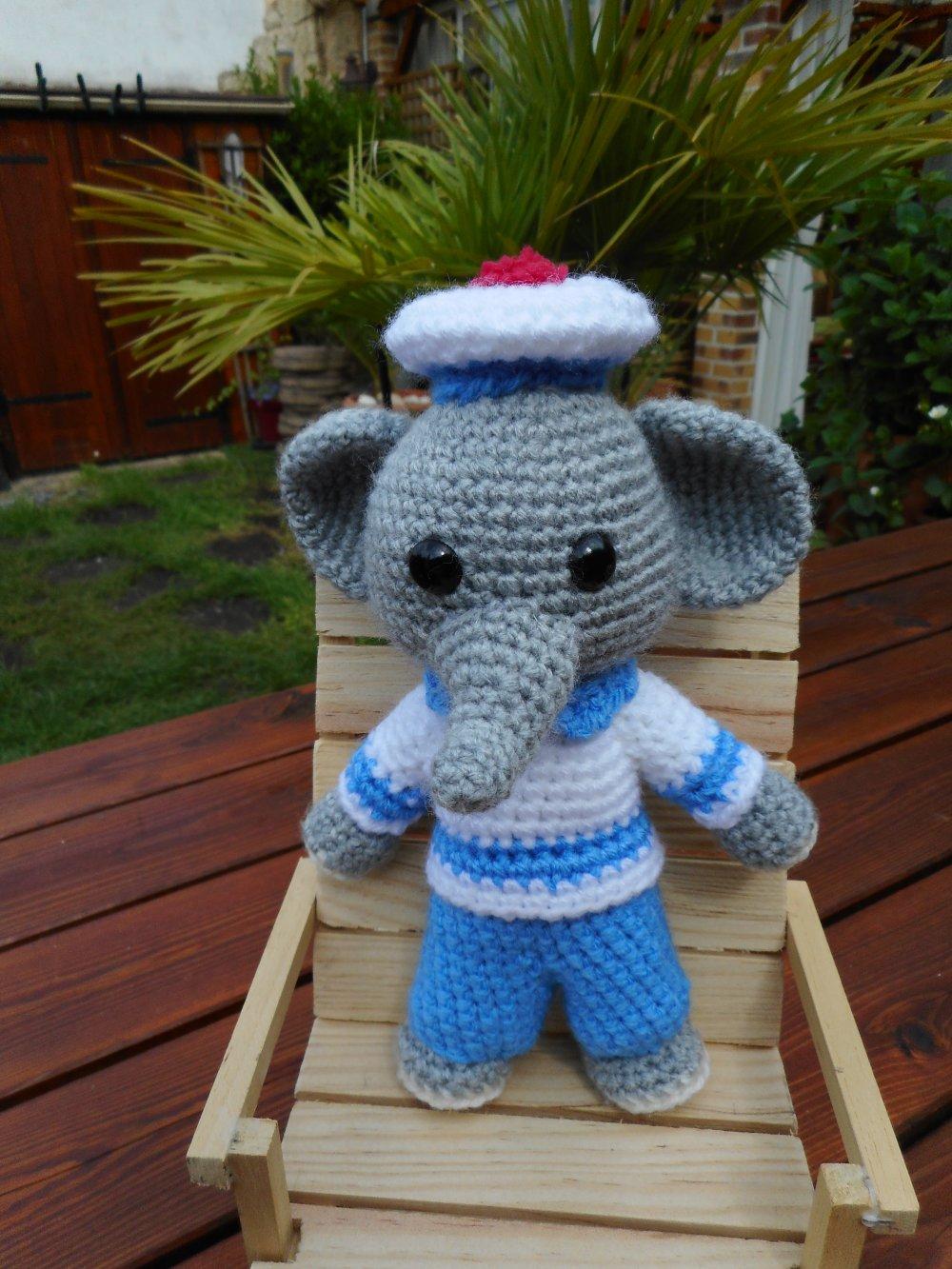 Patron gratuit Amigurumi éléphant au crochet | Crochet elephant ... | 1333x1000