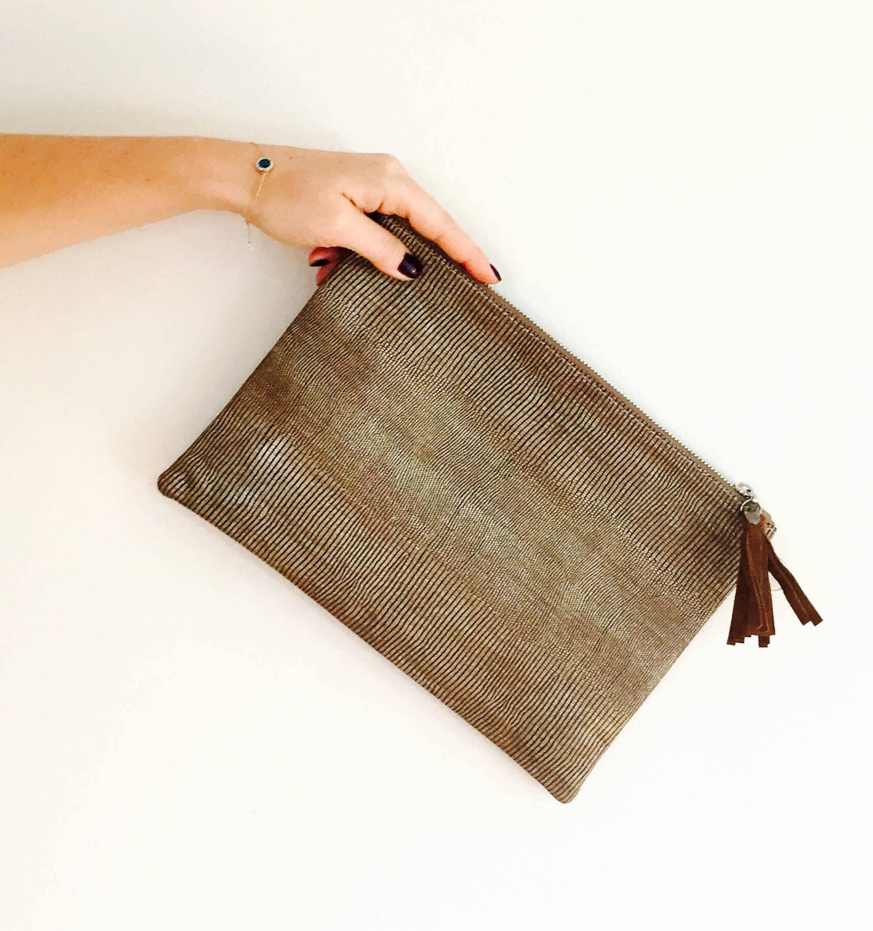 Sac Pochette cuir et en soie marron camel bohème ethnique cuir soie marron : idée cadeau