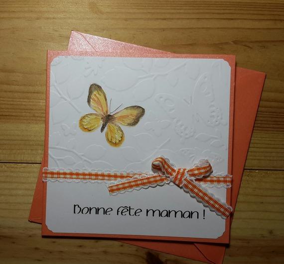 """Carte """"Bonne fête maman"""" aux papillons"""