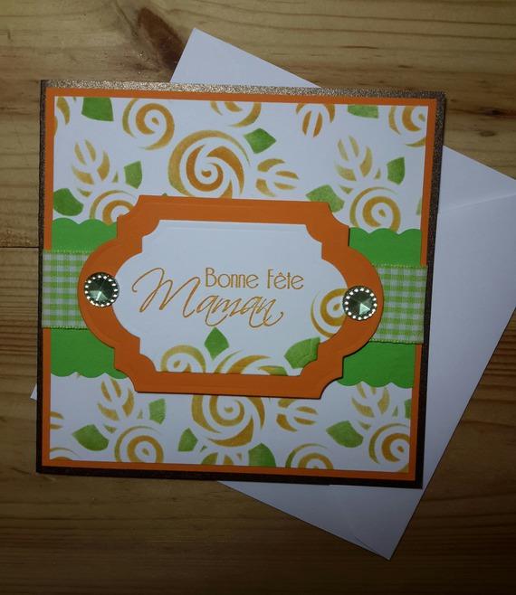 Carte de fête des mères aux couleurs vitaminées de la mandarine