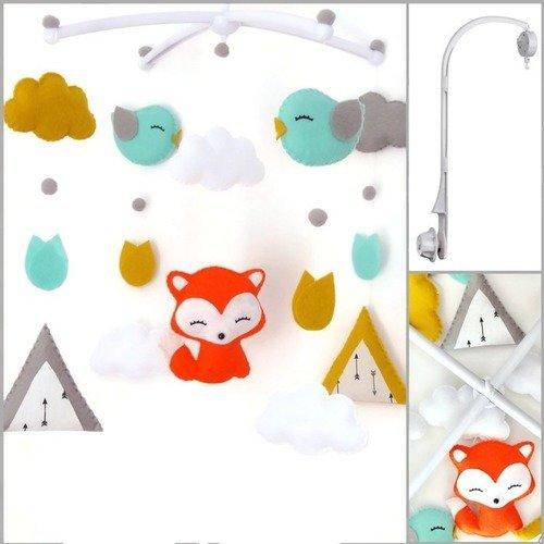 Mobile musical avec renard, tipis, nuages, oiseaux. mobile bébé décoratif pour chambre d'enfant garçon et fille