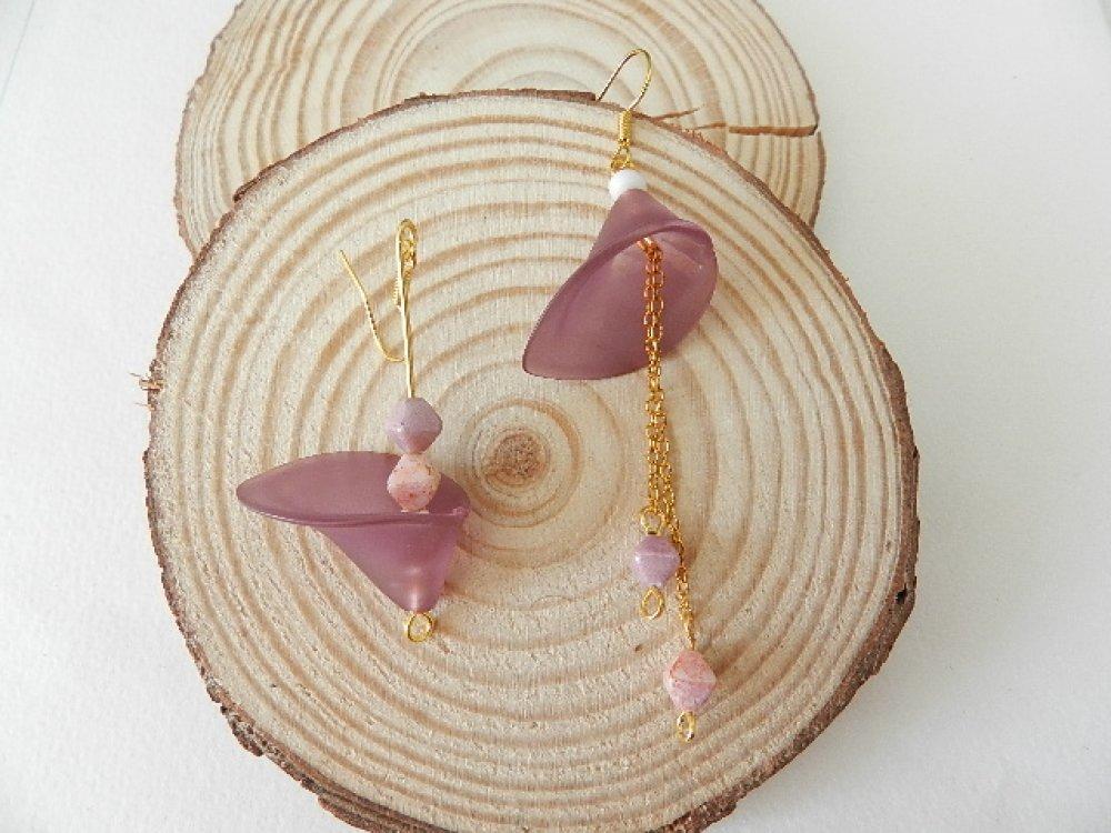 Boucles d'oreilles dorées asymétriques - Modèle AROME