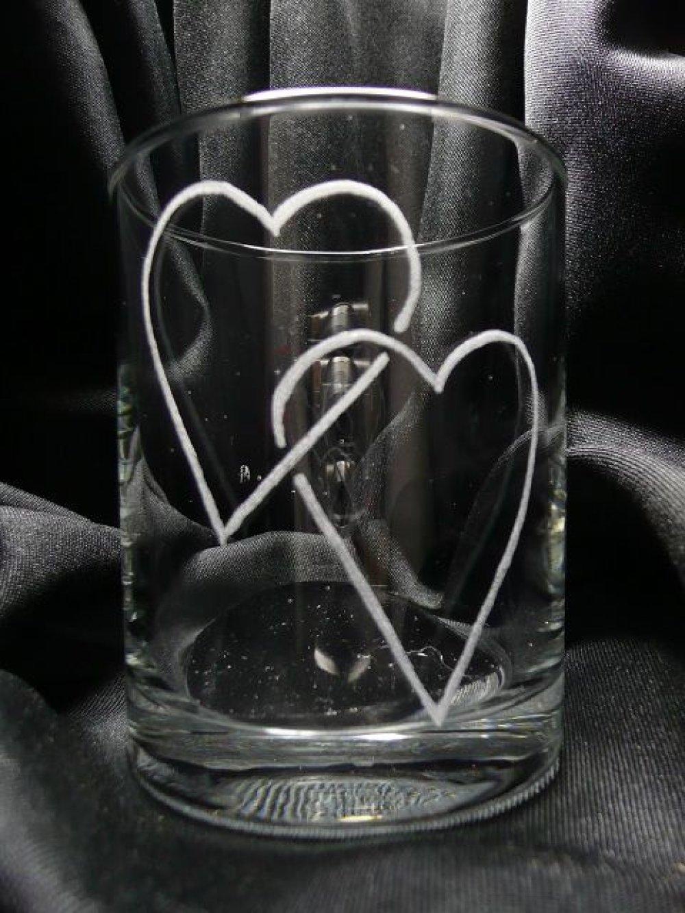 Gravure sur verre Verre à whisky 2 coeurs