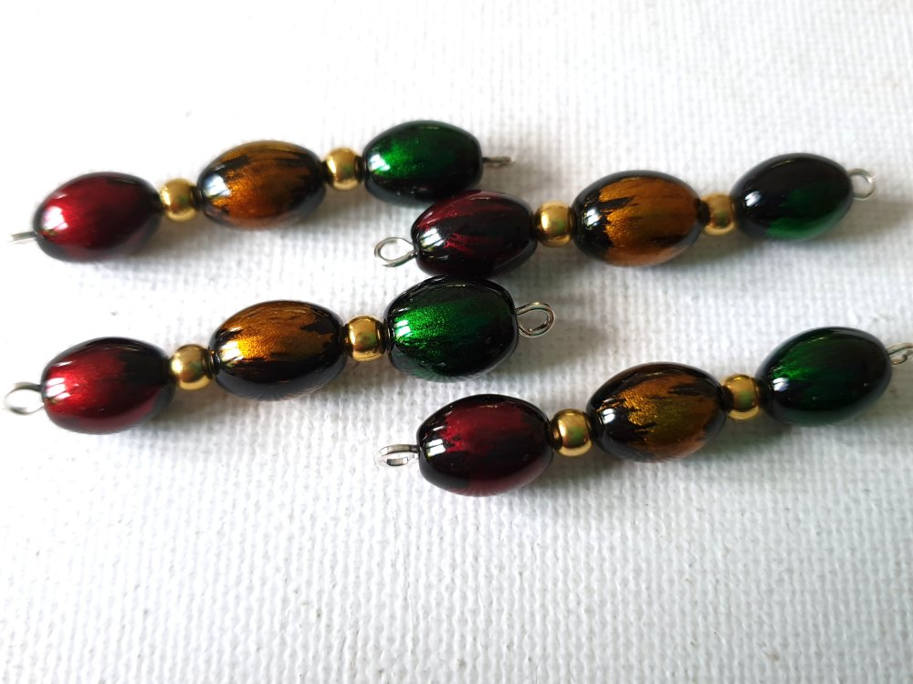 2 Connecteurs perles ovales verre marbré noir et rouge bordeaux, doré, vert émeraude, perles rondes dorées