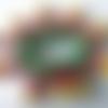 2 connecteurs perles rondelles bois jaune, bois rouge fuchsia, vert, perles toupies facettes métal argenté