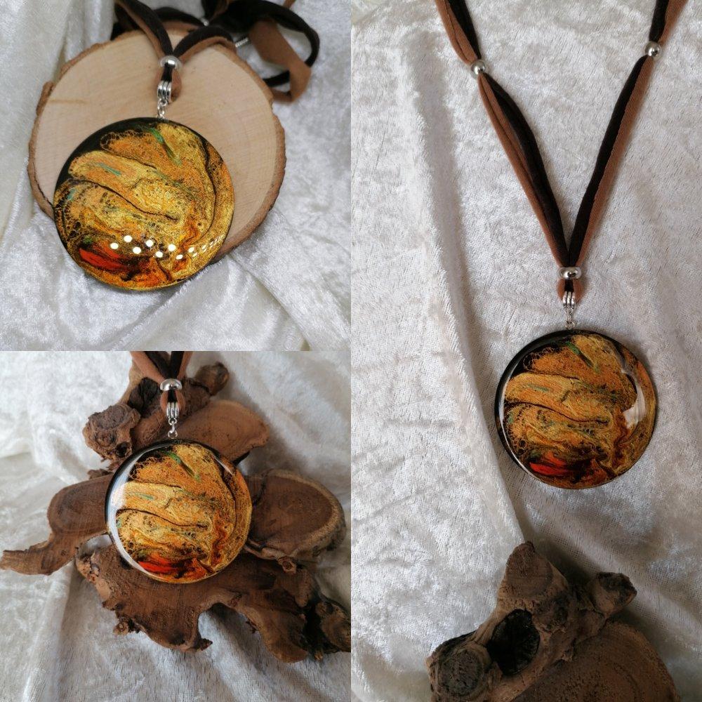 Collier réglable camaïeu marron multicolore avec grand pendentif