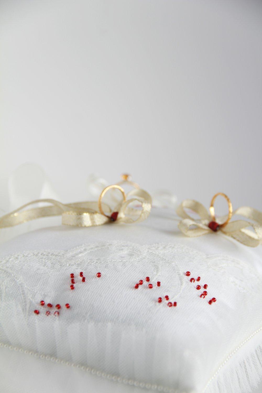 Coussin porte-alliances demande en mariage fiançailles romantique