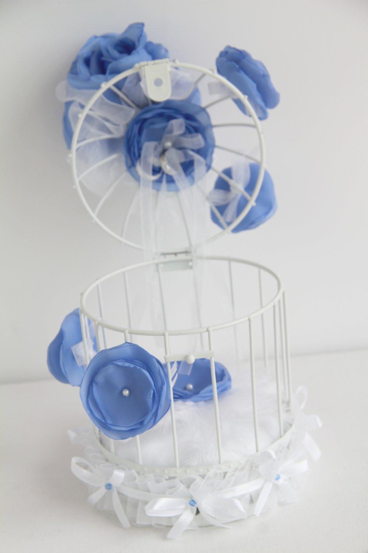 Porte-alliances mariage cage à oiseau avec fleurs bleu horizon
