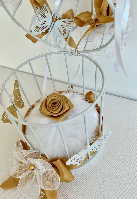 Mariage porte-alliances cage papillons