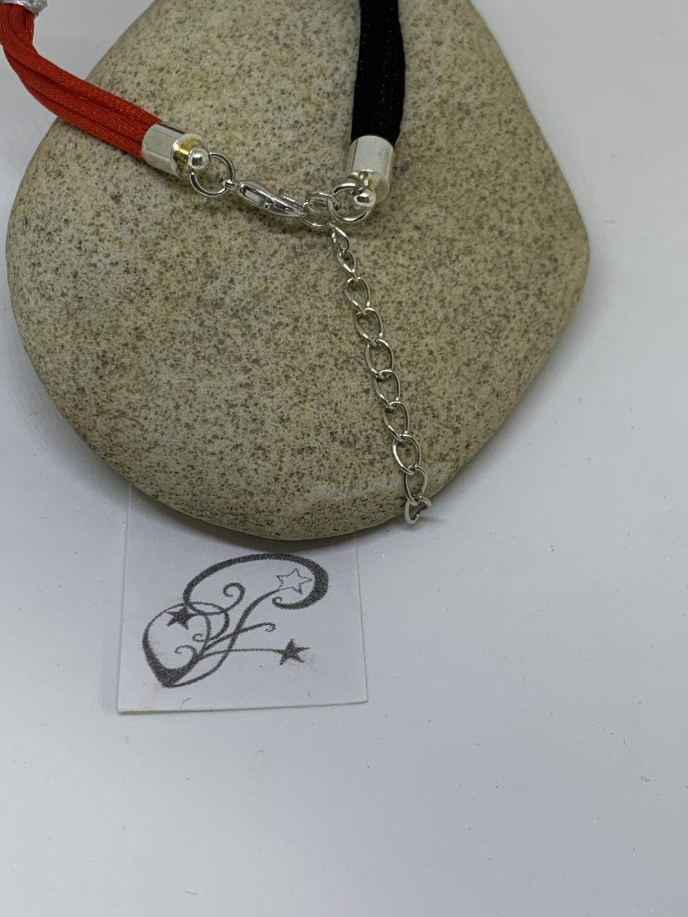 """Bracelet """"Entrecroisé""""rouge noir"""