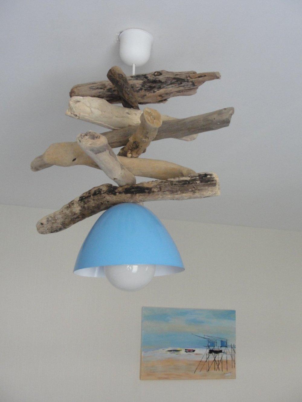 Patine Effet Bois Flotté suspension bois flotté avec ogive métal bleu ciel