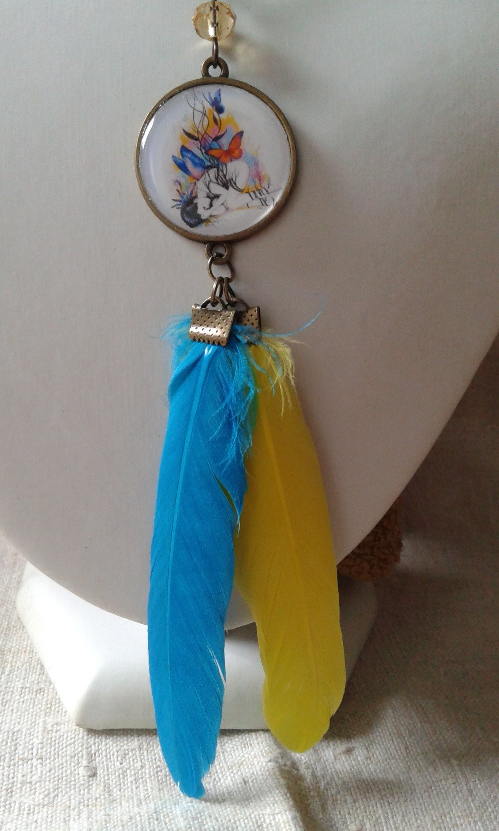 """collier """"femme et plumes"""""""