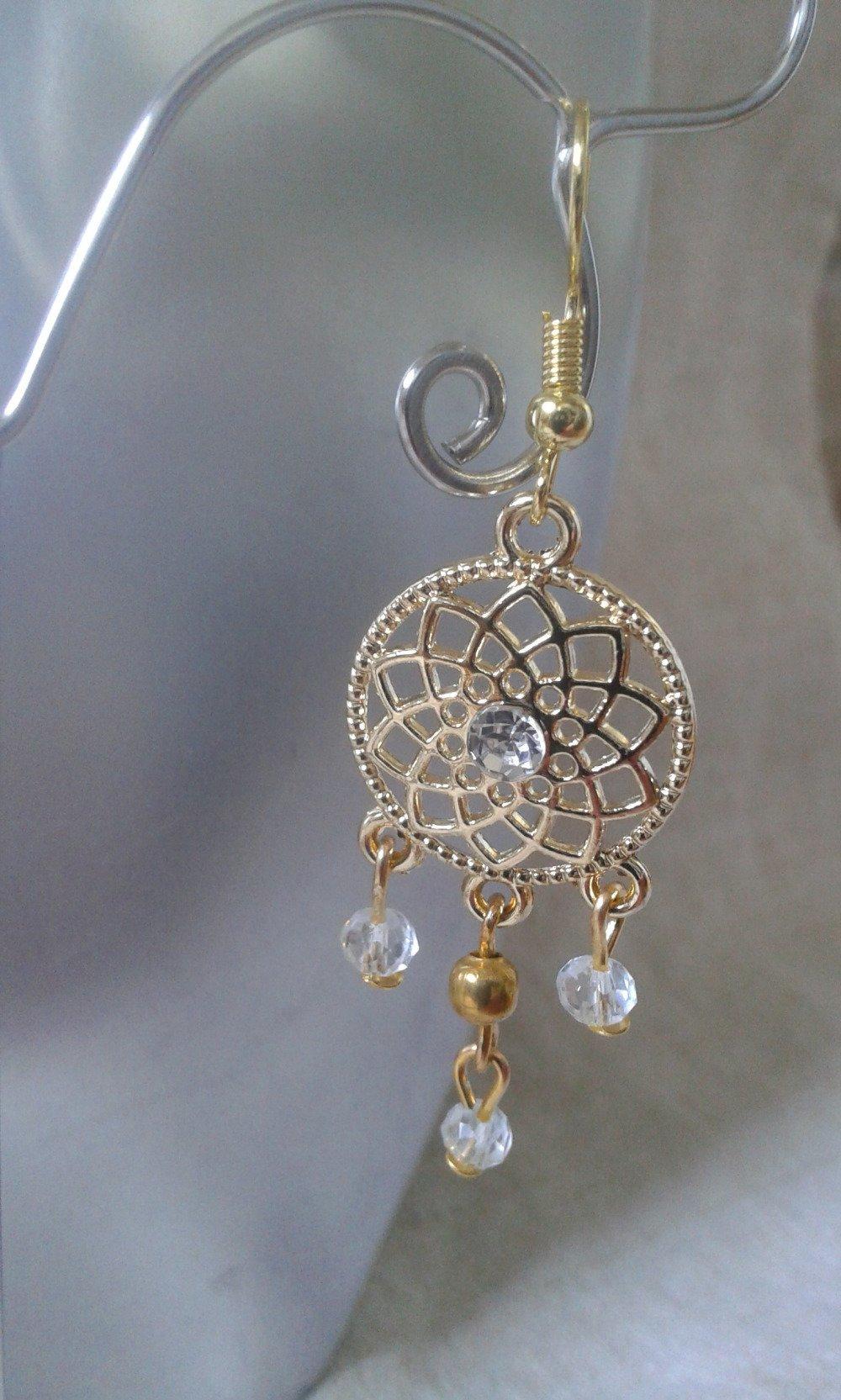 """boucles d'oreilles """"dorées et perles transparentes"""""""
