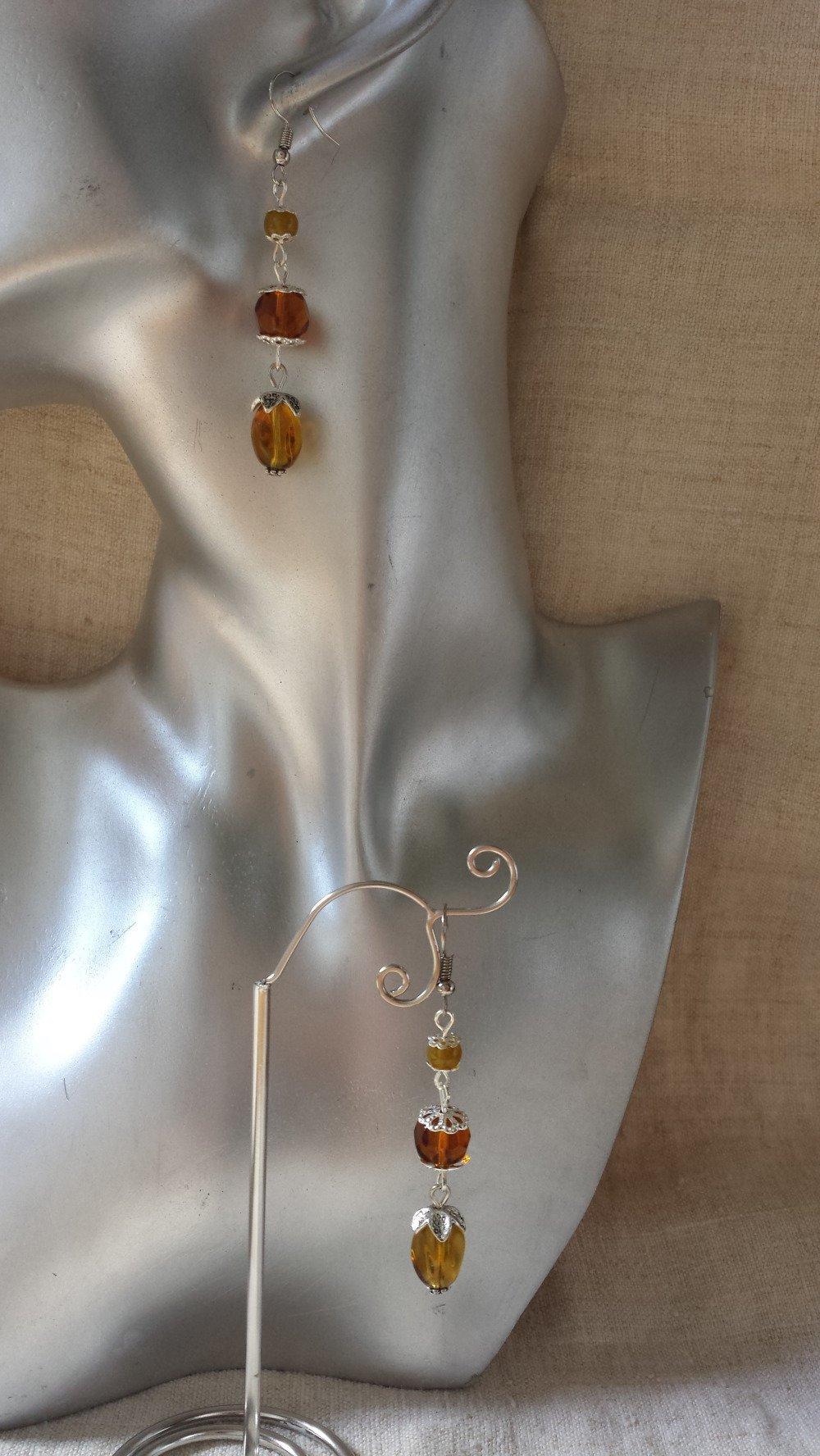 """boucles d'oreilles """"3 perles marrons"""""""