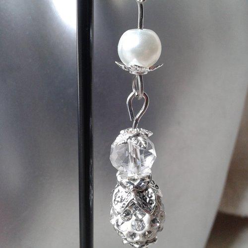 """Boucles d'oreilles """"perles transparentes et blanches"""""""
