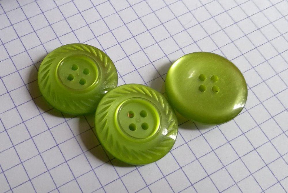 bouton plastique vert 9 mm