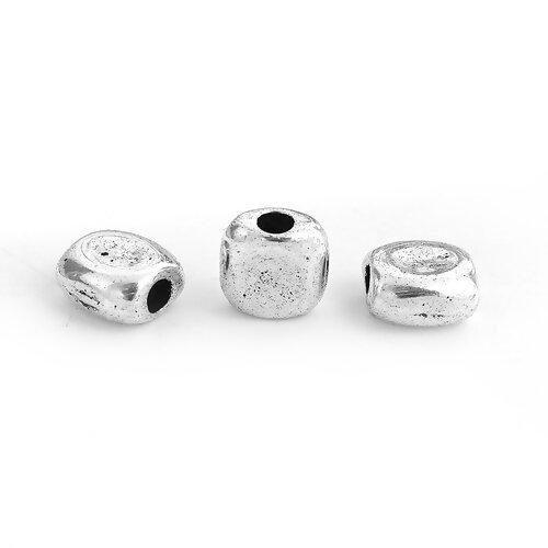 1 perle carré métal argenté 8mm