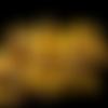 Lot de 50 perles en verre ronde lisse jaune moutarde foncé mat plus reflets brillant, 4mm