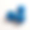 1 perle en bois ronde rayées bleu 18mm