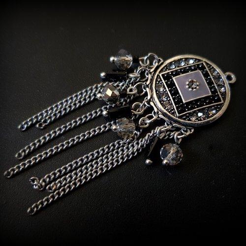 1 montage pendentif connecteur émaillé, perles en verre transparent gris à facette, noir tube, chaîne métal argenté 70x32mm