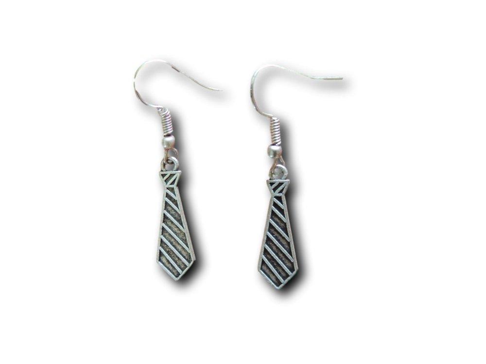 Boucles d'oreilles pendantes Cravate