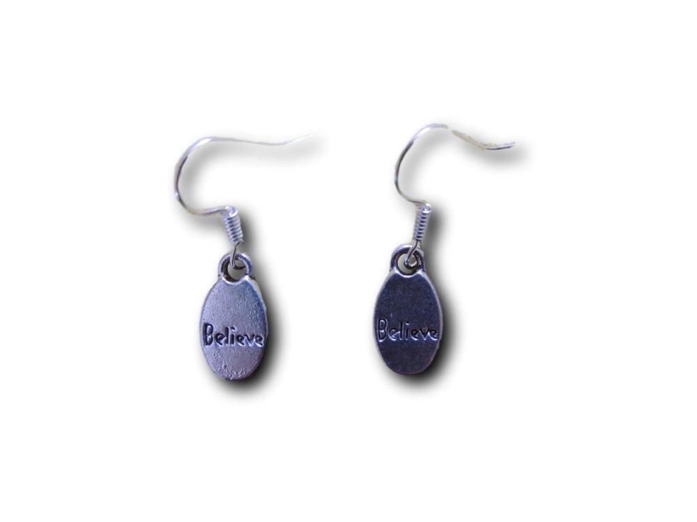 Boucles d'oreilles pendantes Believe