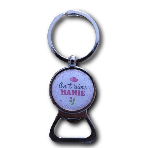 """Porte clés décapsuleur cabochon résine """"on t'aime mamie"""""""