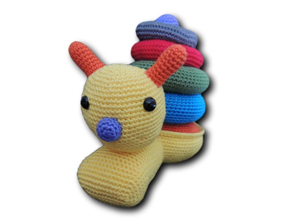 """Jouet D'Eveil """"Escargot Pyramide"""" au crochet en coton"""