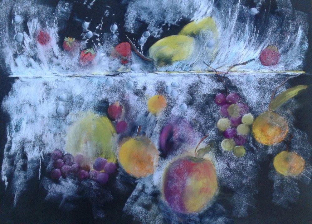 Les fruits plonges dans l eau realises aux pastels secs