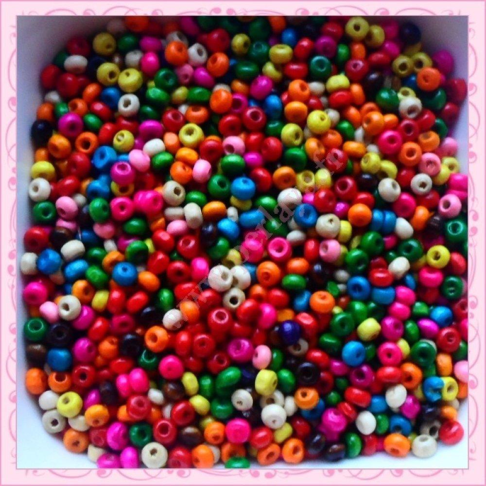 Mix de 3000 perles rondes 4x3mm en bois (Ref:002899)