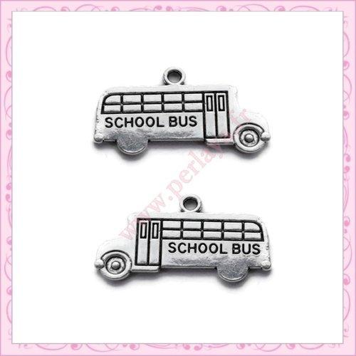 15 breloques bus scolaire en métal argentées 23mm (ref:000555)