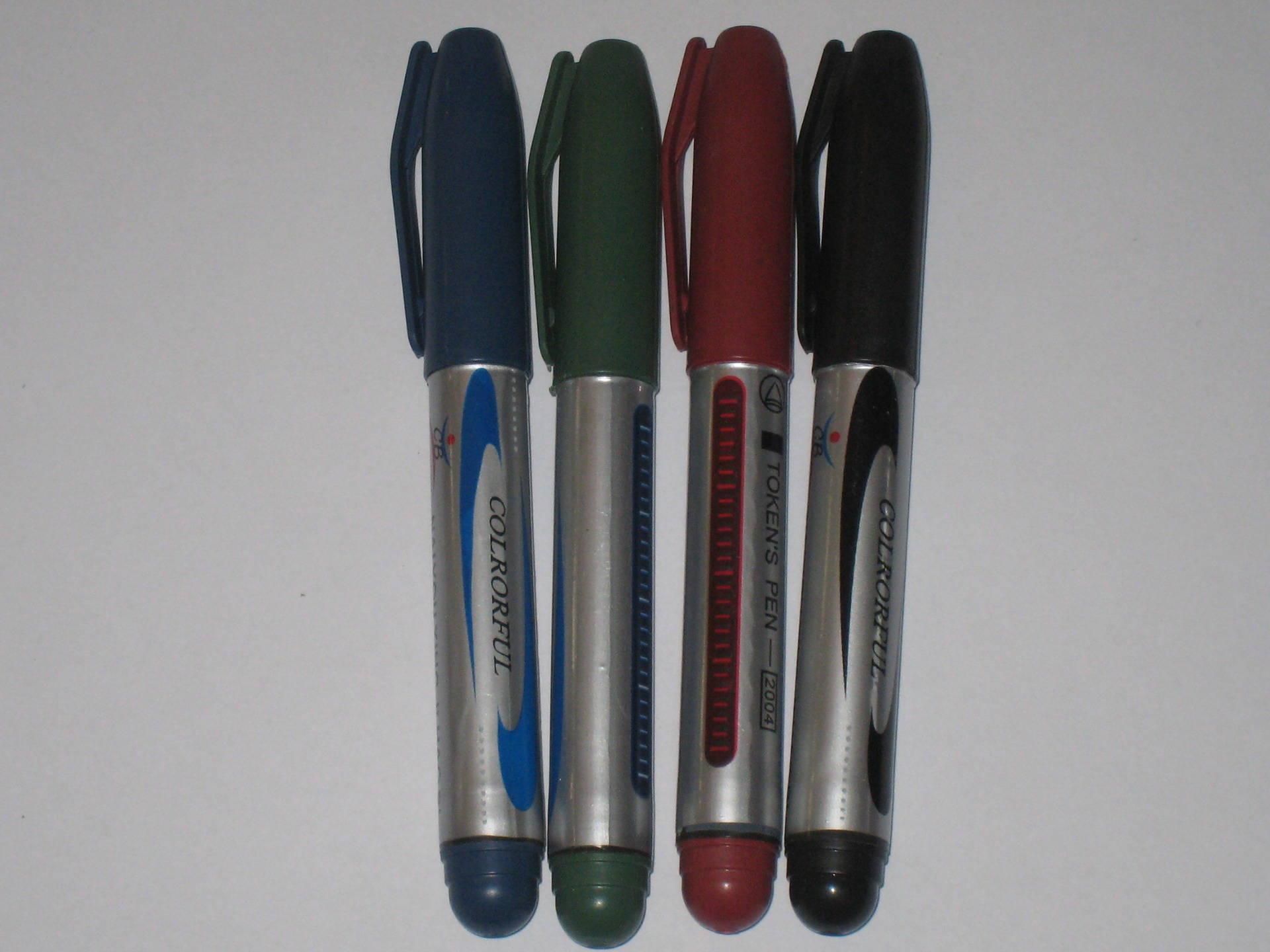 Marqueur permanent indélébile 4 couleurs