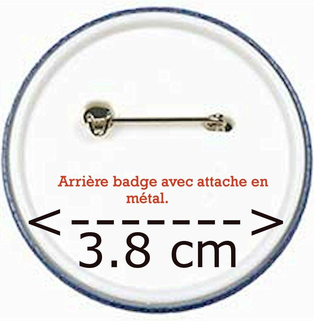 Badge brodé à la main sur toile aïda