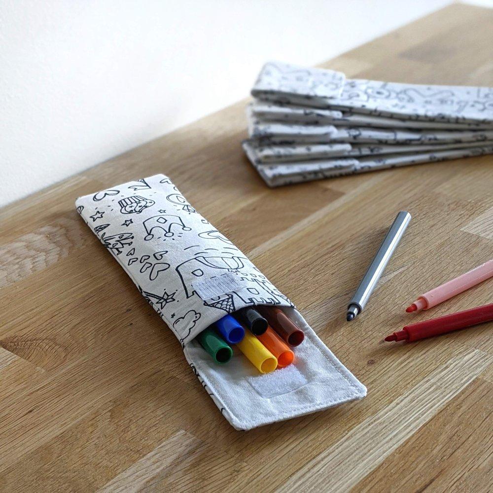 Pochette de coloriage et ses feutres