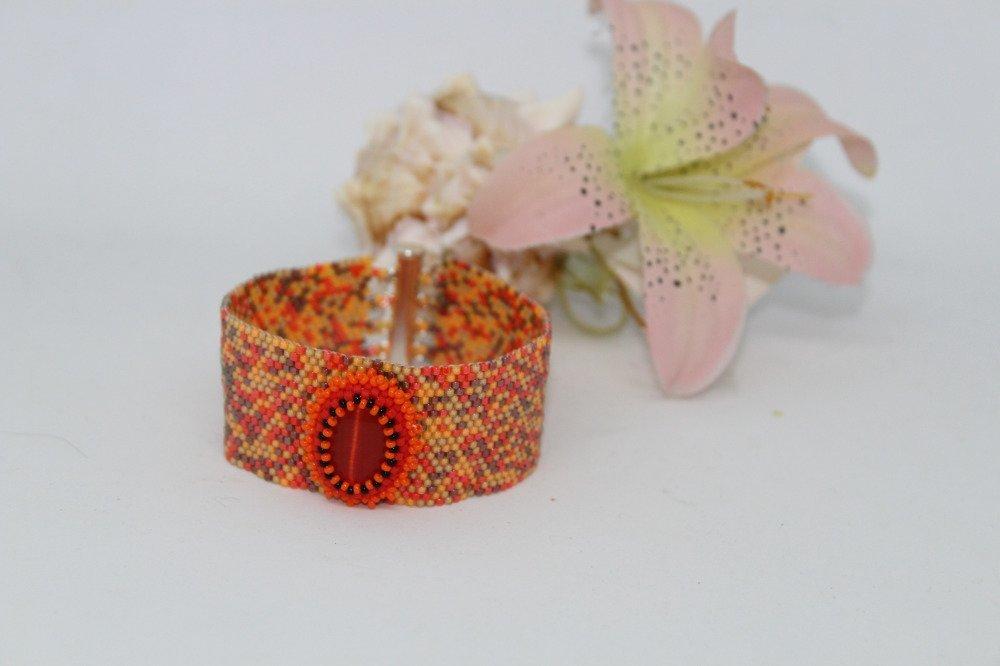 Manchette tissée main en perles Miyuki  et cabochon mix orange