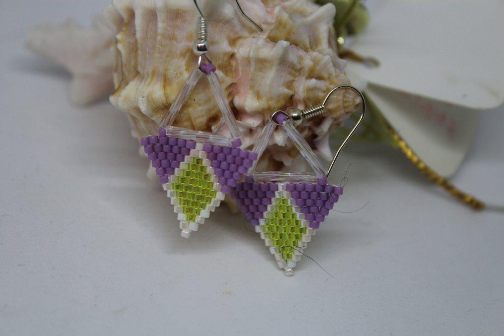Boucles d'oreille petits triangles en perles de rocaille