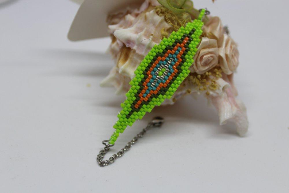 Bracelet graphique en perles de rocaille vert bleu orange