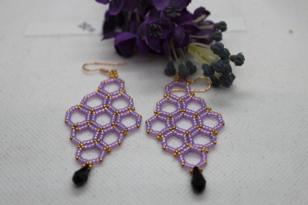 Boucles d'oreille   losange en Volutes violet et or en perles de rocaille