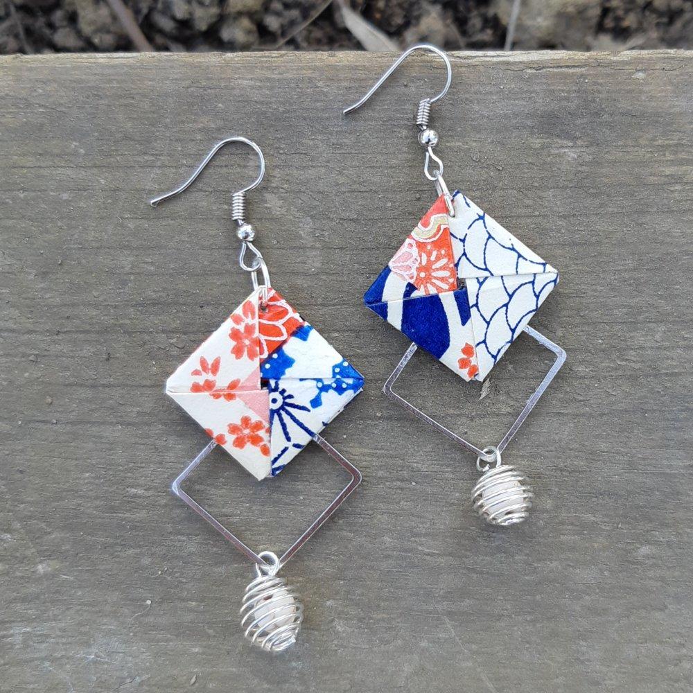 Boucles d'oreilles origami graphique bleu, blanche et orange