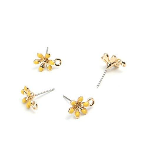 Ps110208275 pax 4 boucles d'oreille clou puce avec attache fleur émaillée jaune métal couleur doré