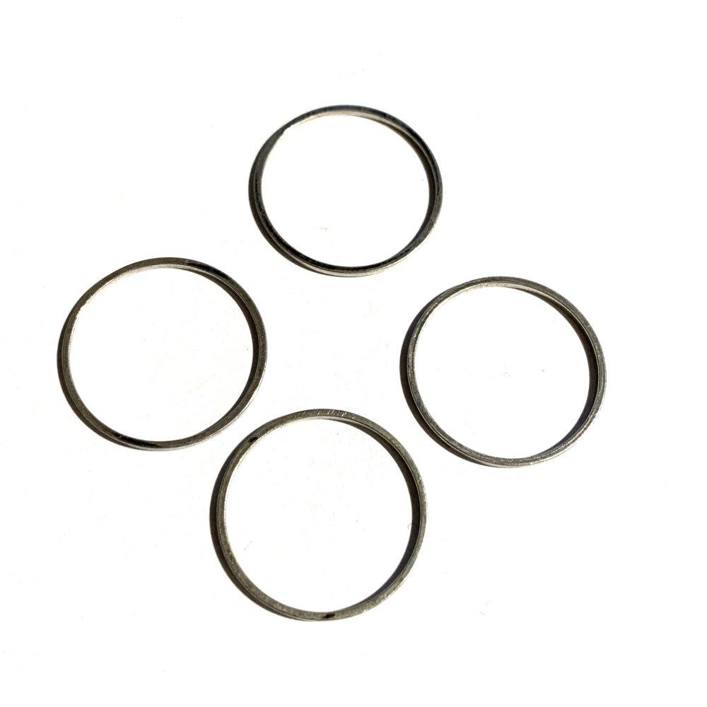 Lot de 4 anneaux argentés
