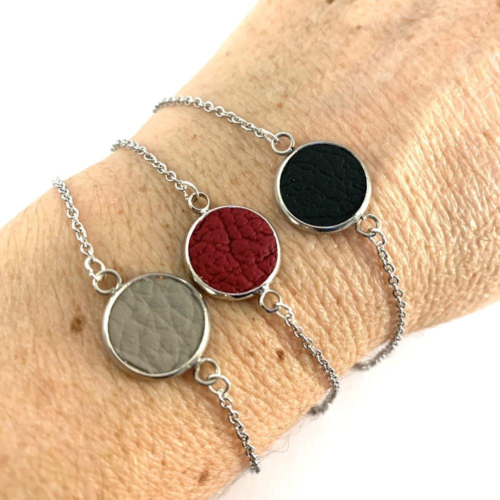 Bracelet chaine cabochon cuir