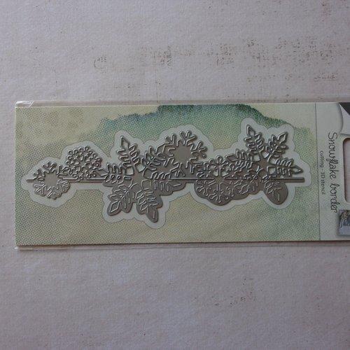 Die cuts découpe matrice en métal joy crafts scrapbooking bordure bord flocon de neige hiver glace