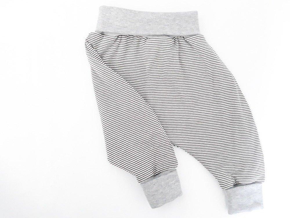 Ensemble Sarouel bébé évolutif et gilet cache coeur reversible en jersey et polaire minkee - Dès 6 mois - 9 mois