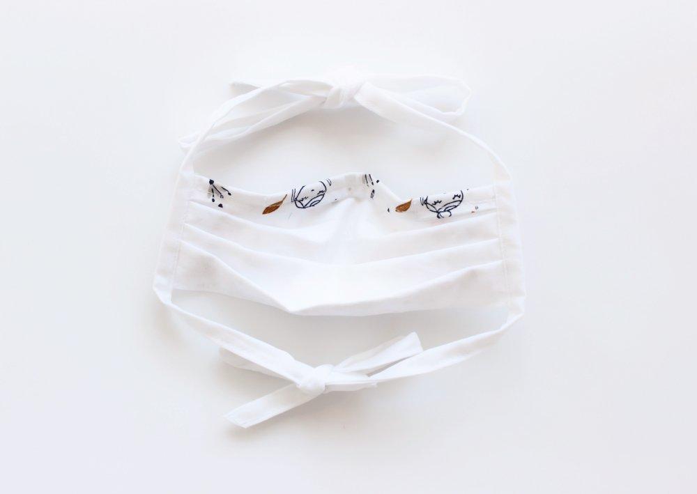 Enfant - Masque de protection, Masque barrière ajustable pour enfant avec lanières à nouer et barrette métallique Danseuse